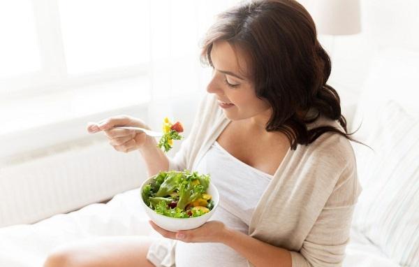 Top #10 loại rau bà bầu nên rong 3 tháng đầu để tốt cho thai nhi